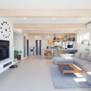 快適な室内空間に家族の皆さんが大満足、スタイリッシュな二世帯住宅