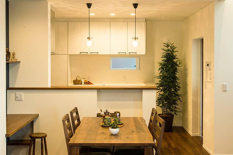 快適な家事動線を意識したキッチン