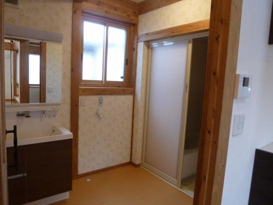メーターモジュール採用なので、広さがある洗面所