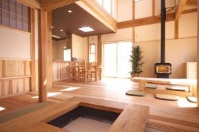 オダニホーム株式会社|木と住まう。トンカチ坊やの家