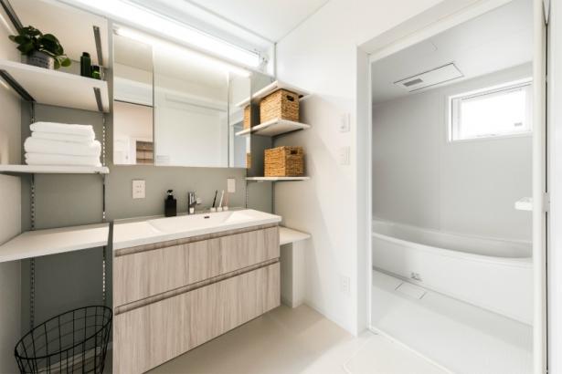 居心地も収納もゆとりの38坪 ダブル断熱の家 洗面室