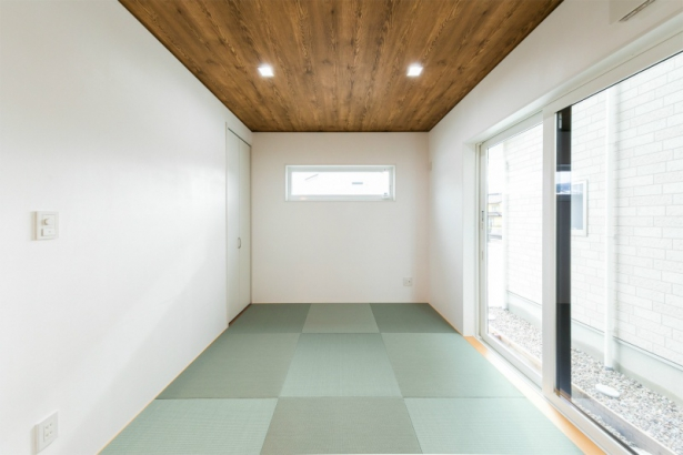 コンパクトな洗練空間 33坪グレーの家 和室