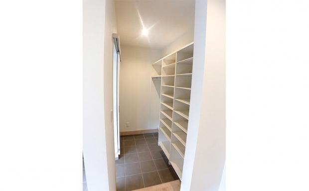 大容量で便利な玄関クローク