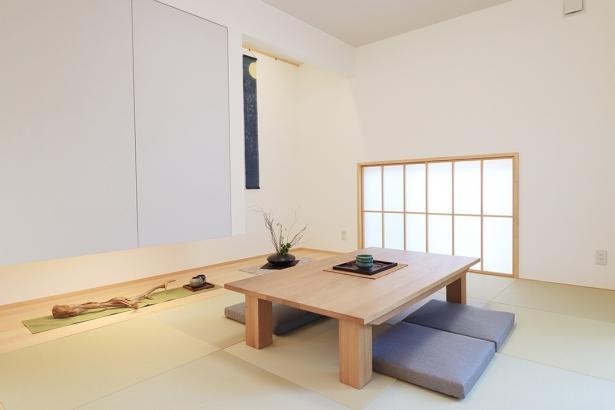 落ち着きのある和室。