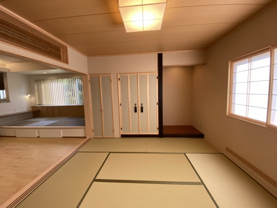 欄間を備えた普段使いも可能な和室