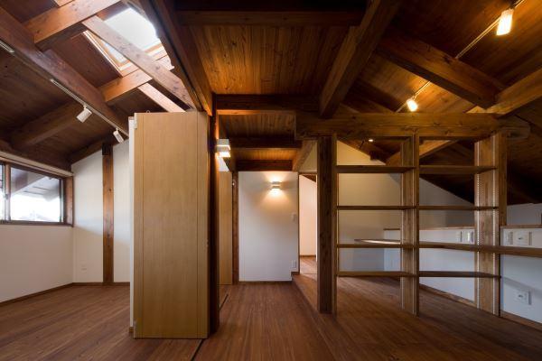 ロフトの隠れる2階