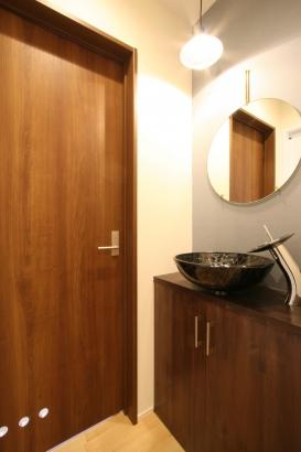 来客時にも活躍する手洗いスペース。
